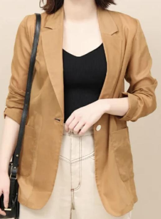 わたし定時で帰ります衣装2話内田有紀茶色ジャケット