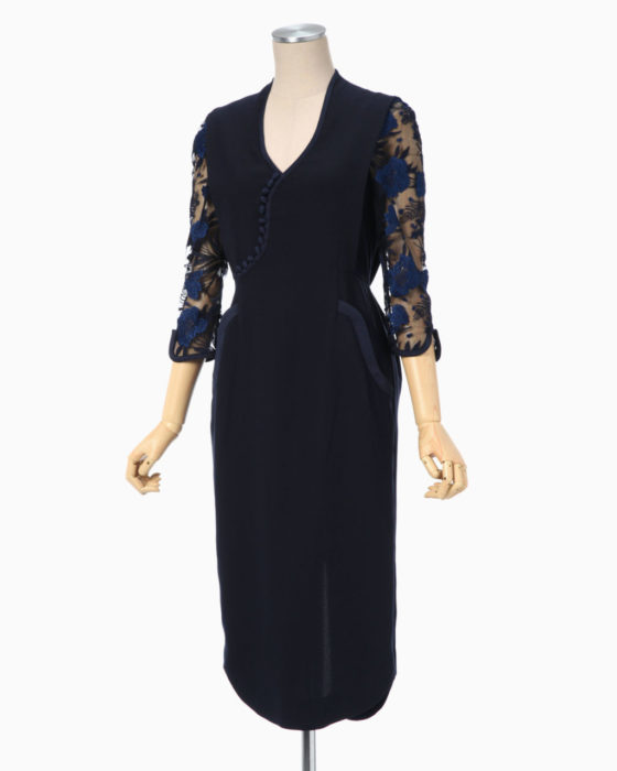 パーフェクトワールド衣装1話山本美月ドレス